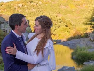Una boda en el pueblo donde crecimos. Bea y Juan Carlos.